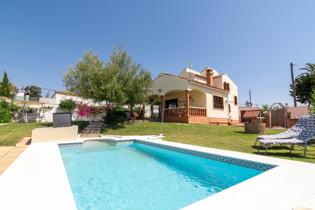 House - Estepona - R3667421 - mibgroup.es