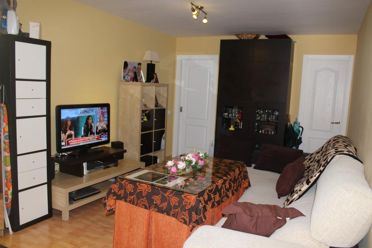 Apartamento Planta Baja 2 Dormitorio(s) en Venta Estepona