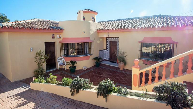 Villa – Chalet, Estepona – R2793194