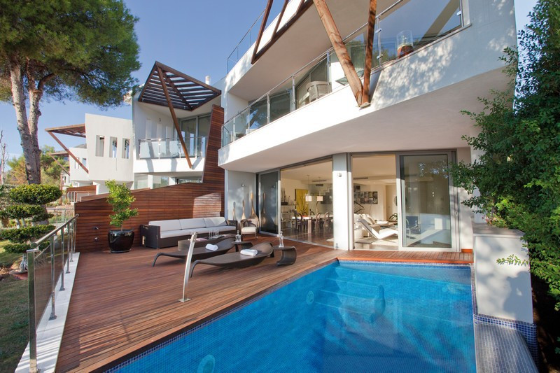 Apartment for Sale in  Sierra Blanca, Costa del Sol