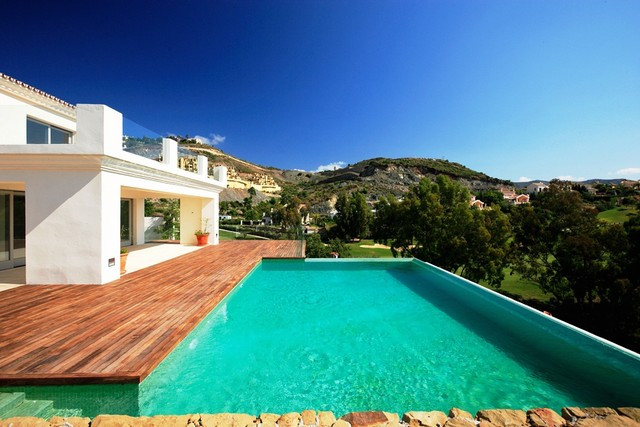 Villa for Sale in  La Quinta, Costa del Sol