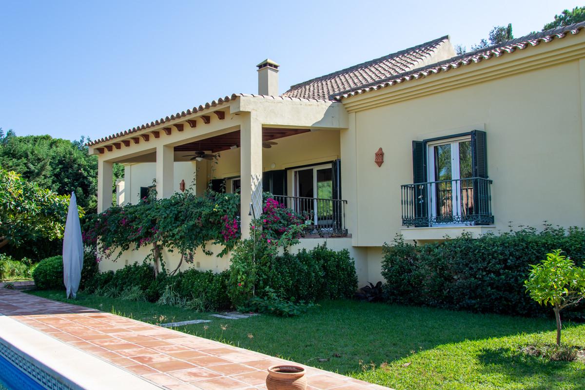 Marbella Banus Villa – Chalet en Venta en Elviria – R3288019