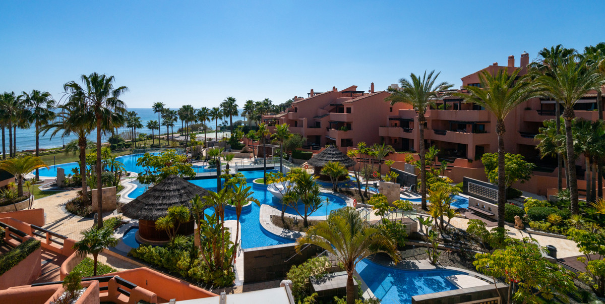 Luxury front-line beach apartment with exceptional views for sale in Mar Azul, Estepona. Located wit,Spain