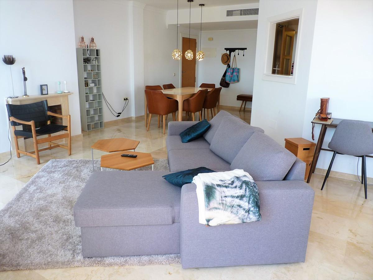 Apartamento Planta Media en Venta en La Mairena – R3480439