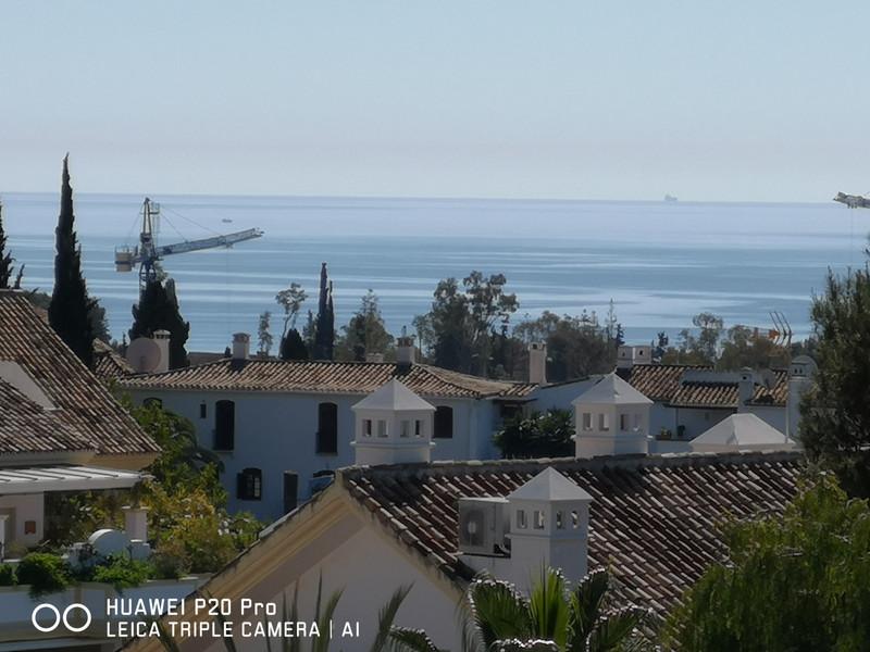 Marbella Banus Apartamento Planta Media en venta en Marbella – R3381643