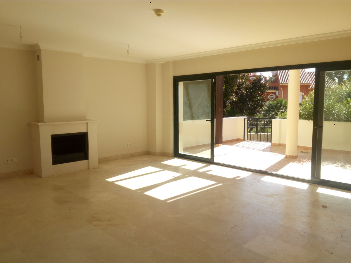 Townhouse for sale in Diana Park