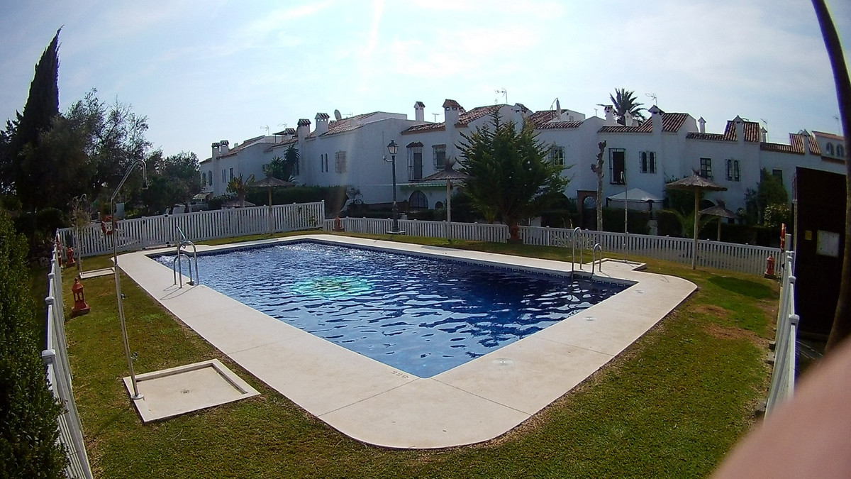 FANTASTIC 3 BED 2 BATH TOWNHOUSE with ITS OWN  PATIO AND GARDEN and with direct access to the commun, Spain