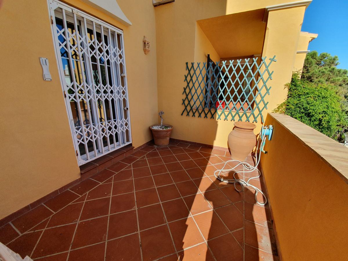 Ground Floor Apartment, La Duquesa, Costa del Sol. 3 Bedrooms, 2 Bathrooms, Built 110 m², Terrace 35,Spain