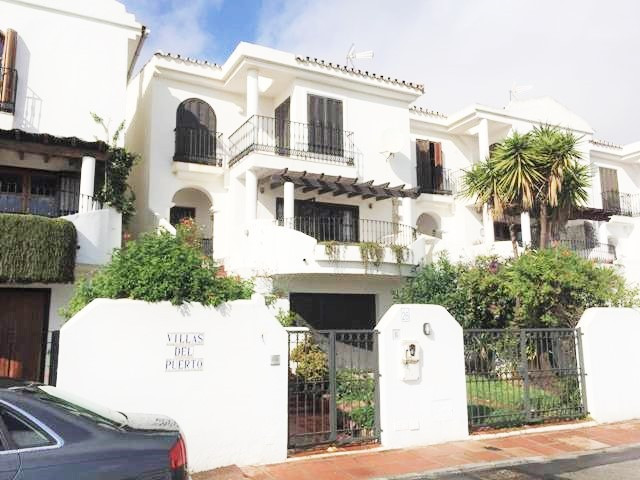 Ref:HOMEQUEST Townhouse For Sale in La Duquesa