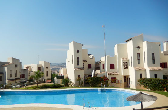 2 bed Penthouse for sale in Casares