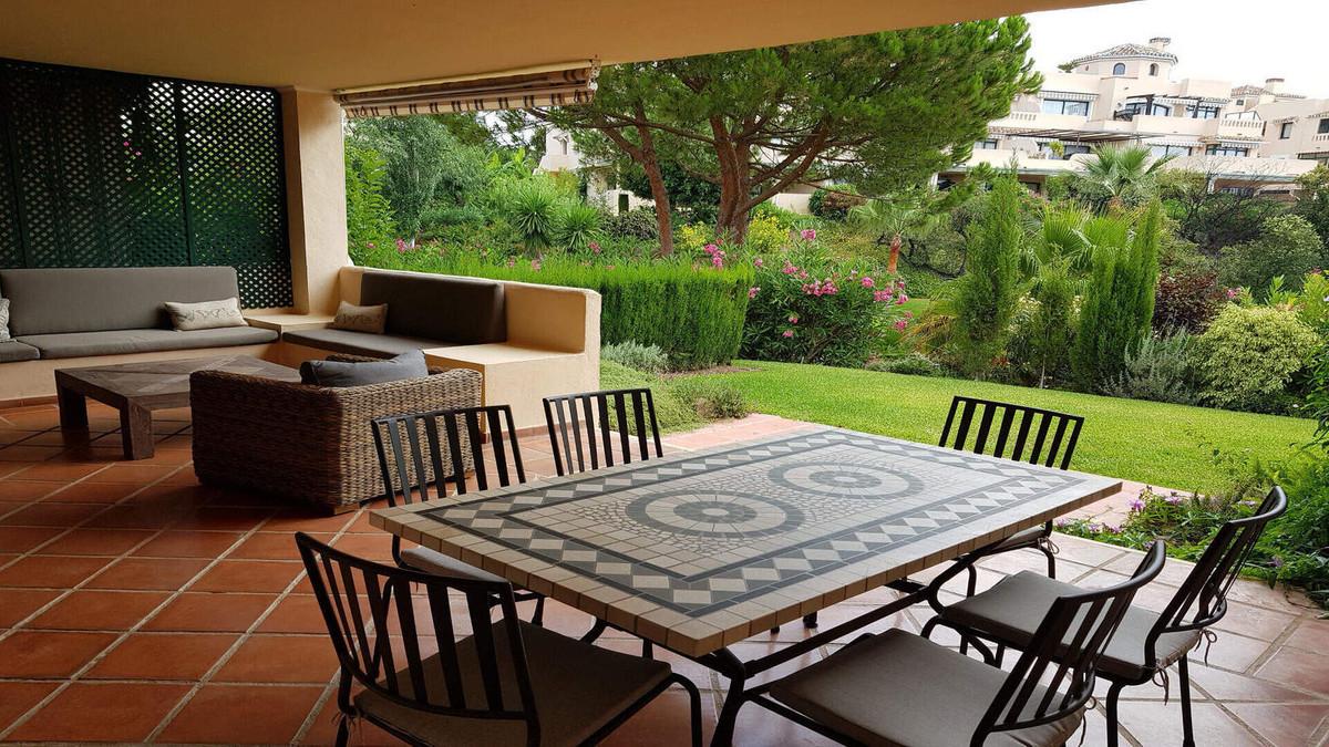 Apartamento Planta Baja en Venta en Elviria – R3230692
