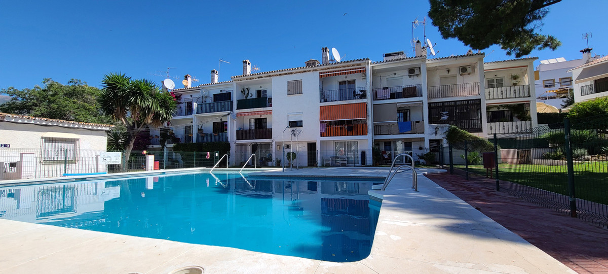 Great studio located in the heart of Bello Horizonte, at the entrance to Marbella. This charming hom,Spain