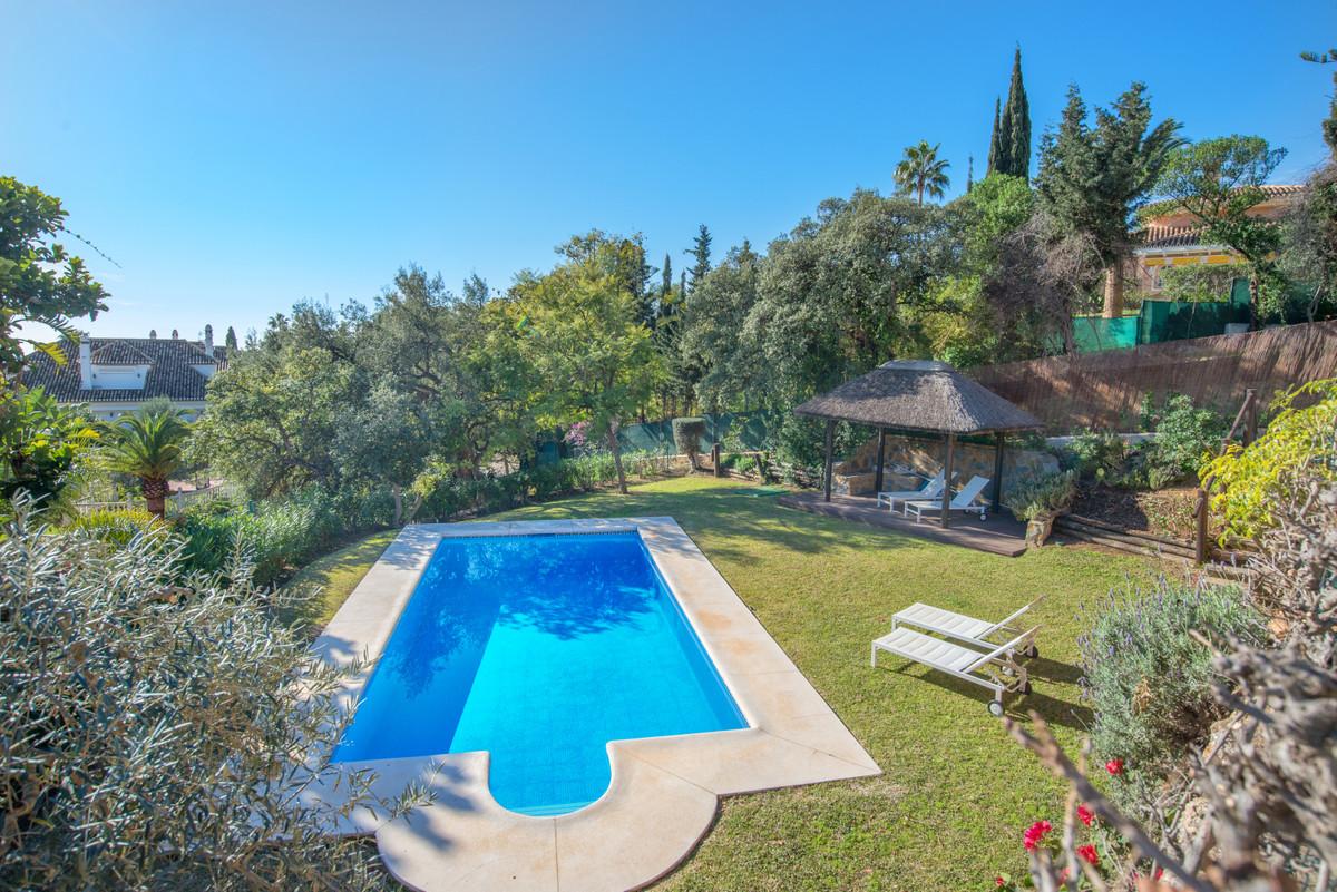 Villa – Chalet en Venta en Elviria – R3593278