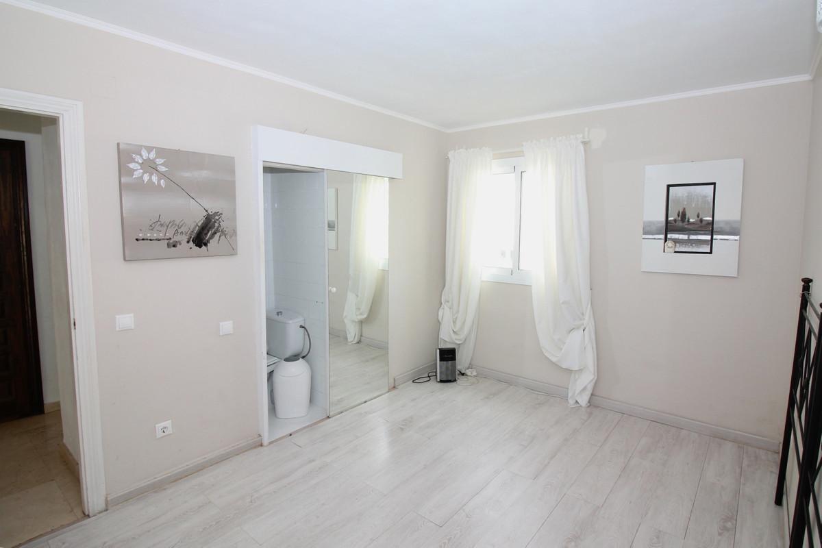 R3308023: Apartment for sale in Benavista