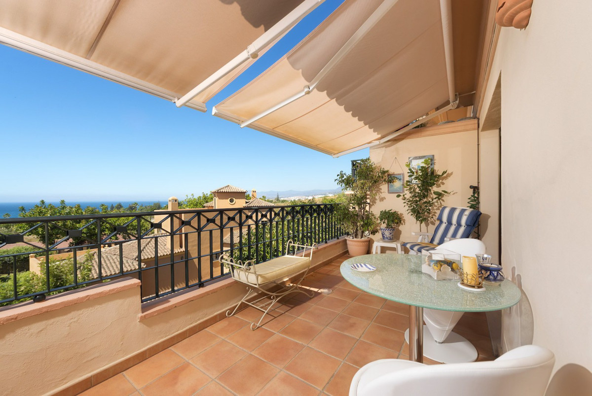 This beautiful duplex penthouses is located in Rio Real, Marbella East. Rio Real is one of the most , Spain