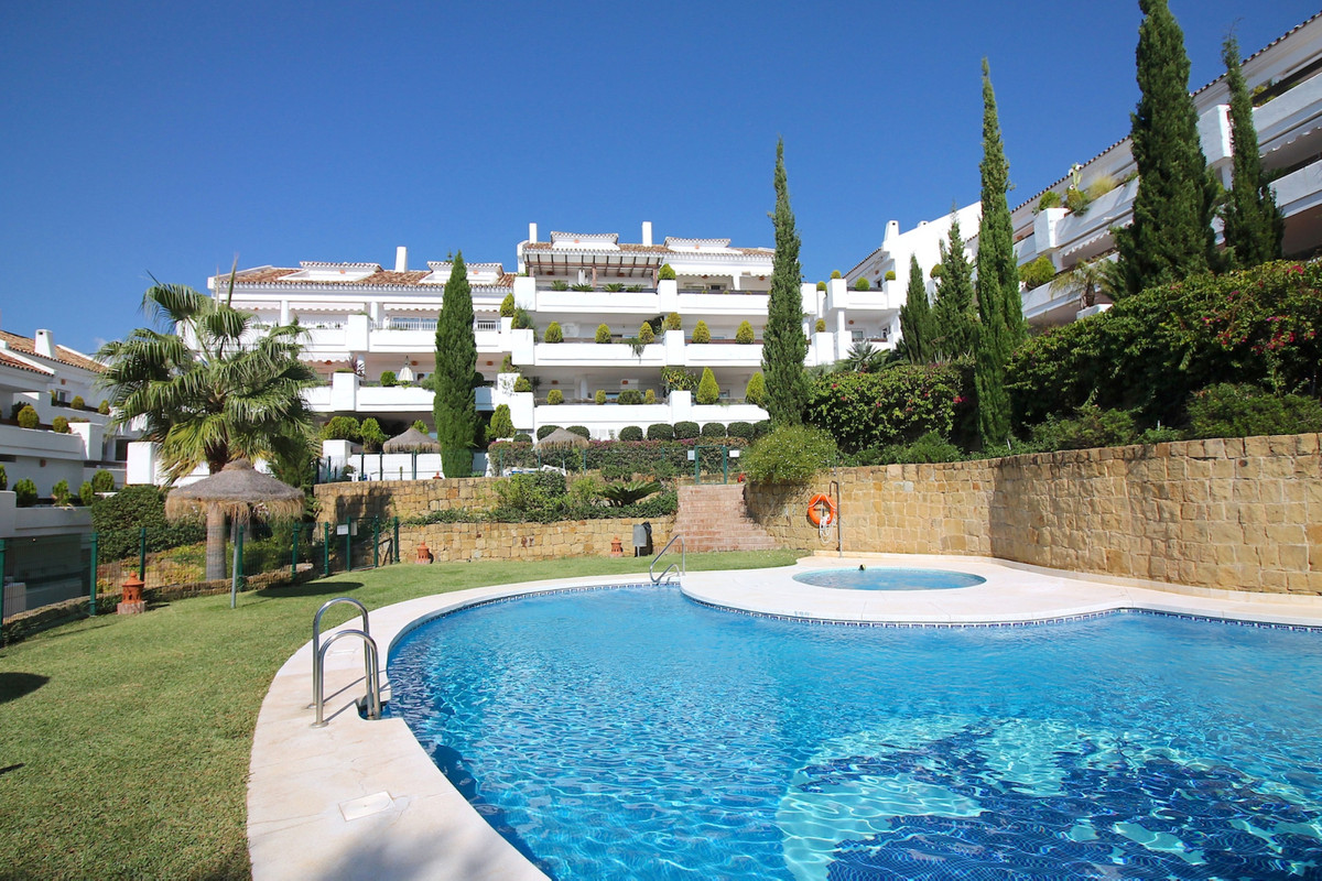 In one of the most charming parts of Nueva Andalucia, we now offer this 2-bedroom apartment for sale,Spain