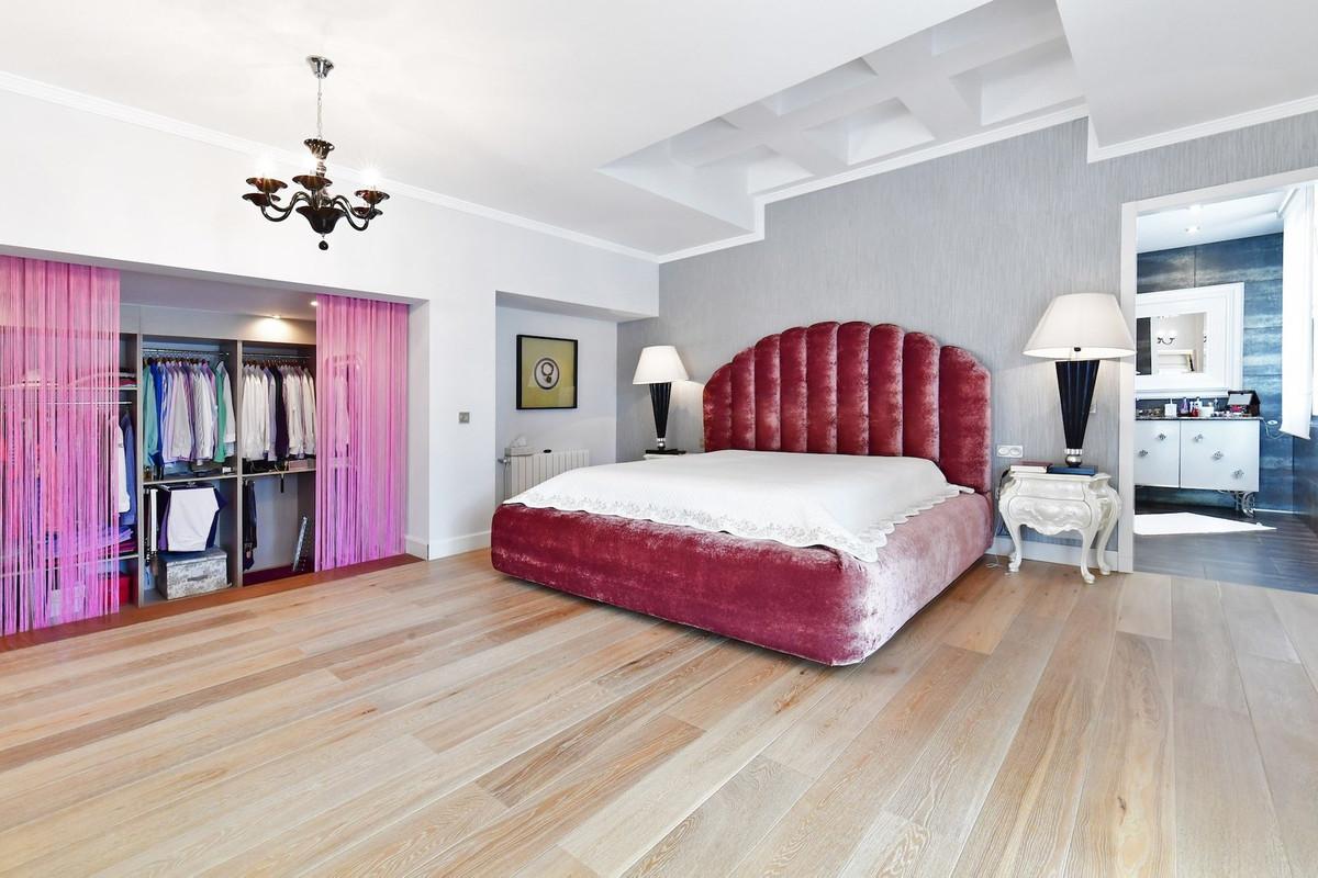 6 Bedroom Villa for sale The Golden Mile
