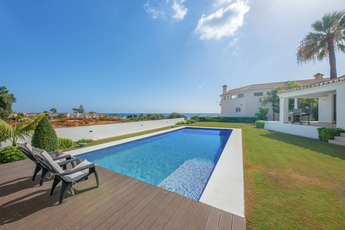 Exclusive listing!! We are thrilled to present this villa Las Chapas Playa within a few hundred mete,Spain