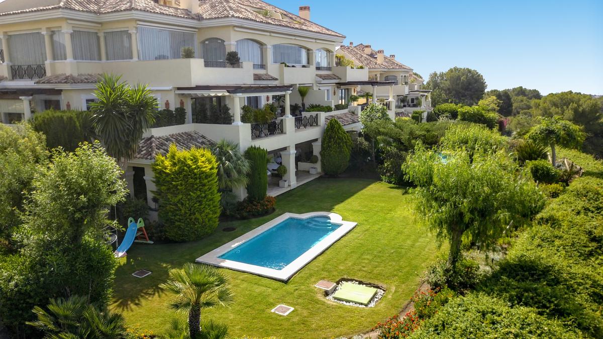 Marbella Banus Apartamento Planta Baja en venta en Nueva Andalucía – R3652637