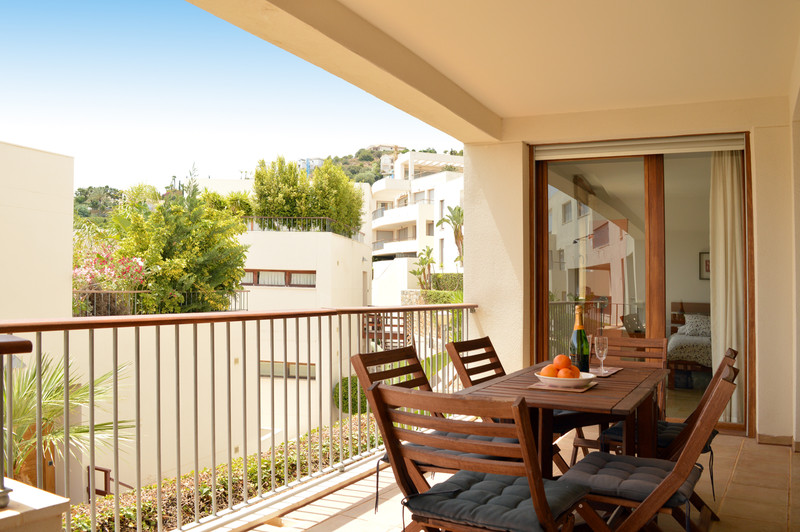 Apartment - Altos de los Monteros
