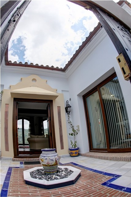 Villa Detached Benahavís Málaga Costa del Sol R2217062 8