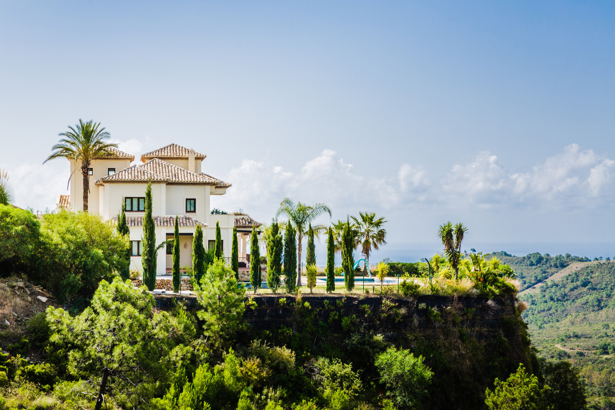Marbella Banus Adosado en Venta en Benahavís – R3253960