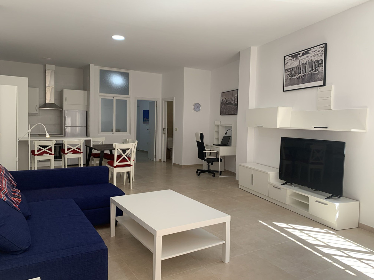 Marbella Banus Apartamento en Venta en Marbella – R3689294