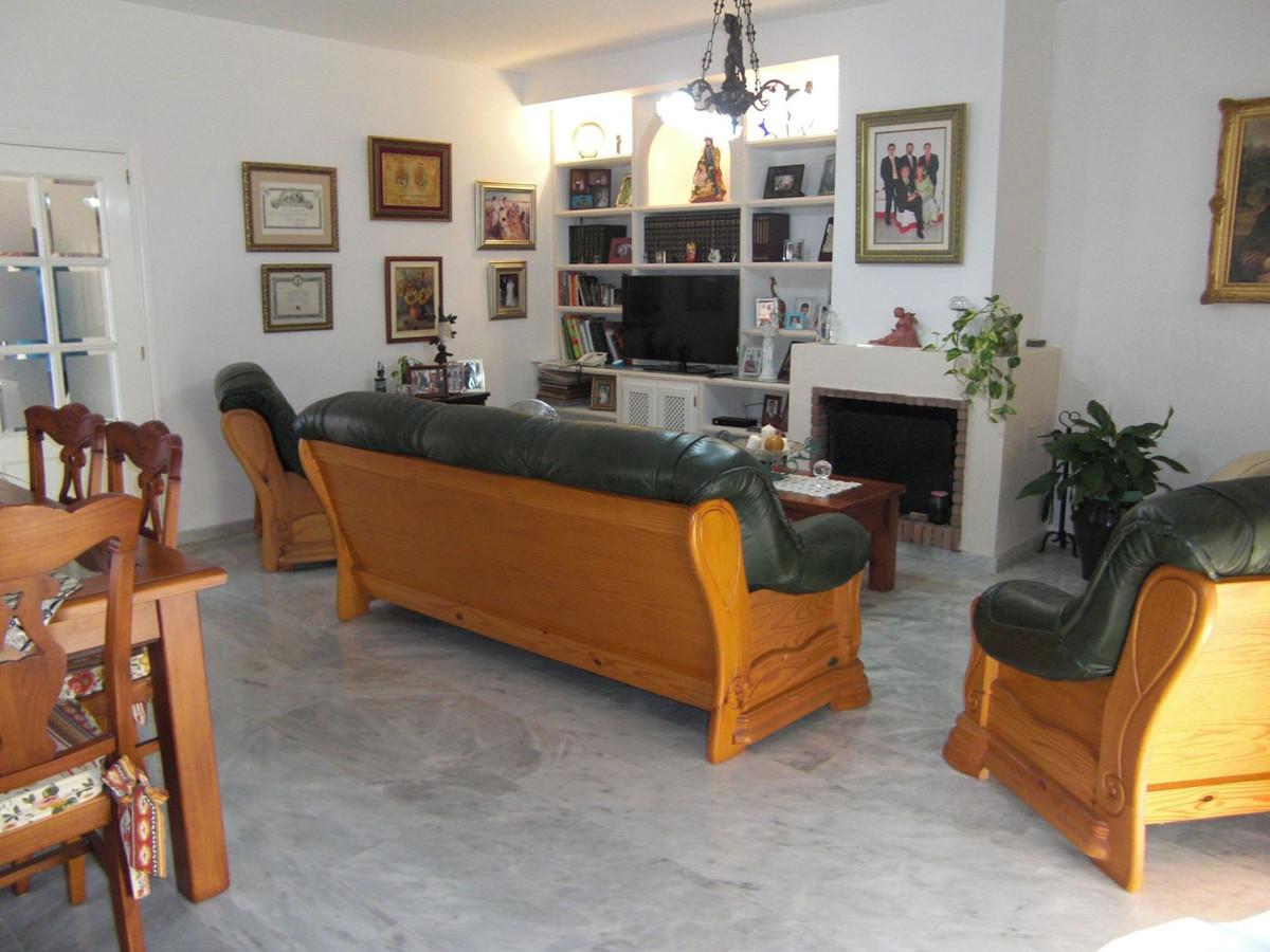 Pareado en Venta en Marbella – R2784869