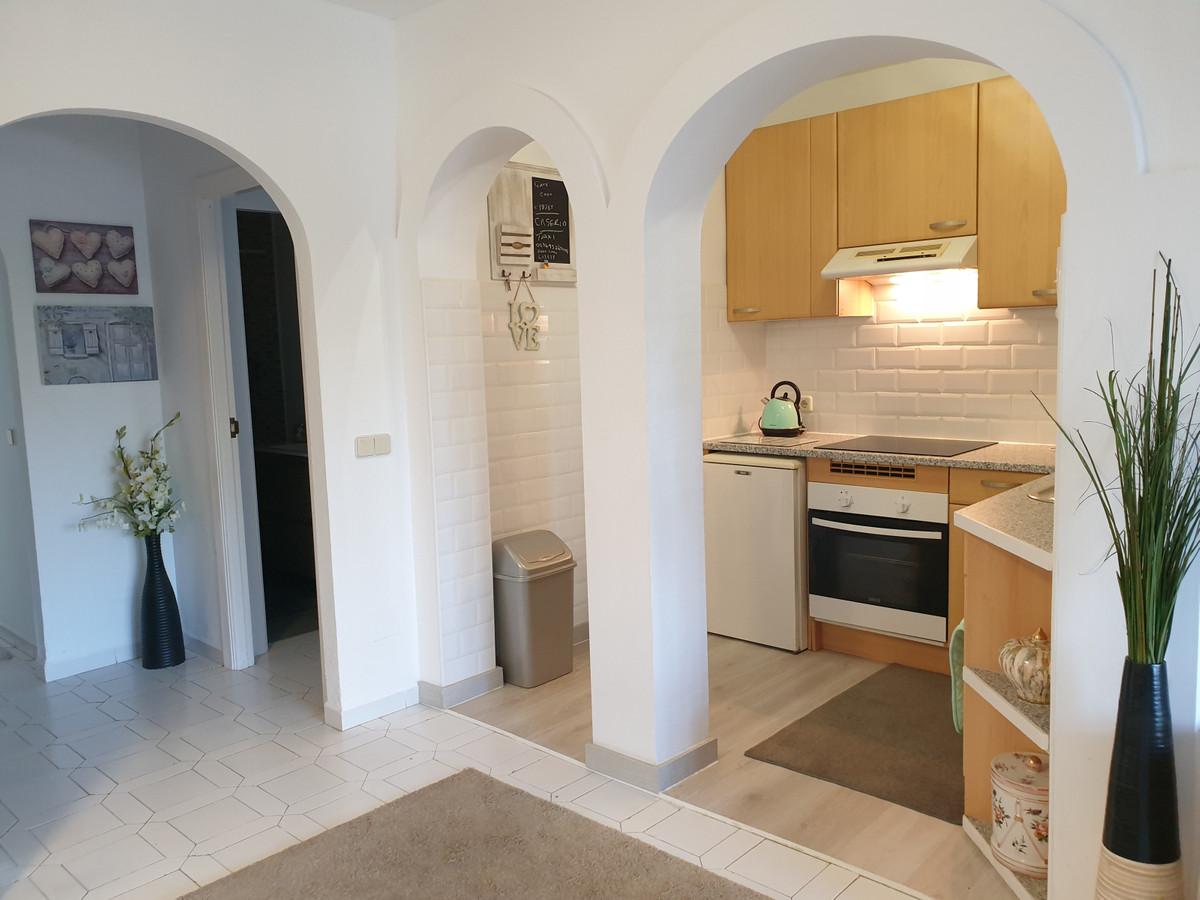 Marbella Banus Apartamento en Venta en Calahonda – R3829408