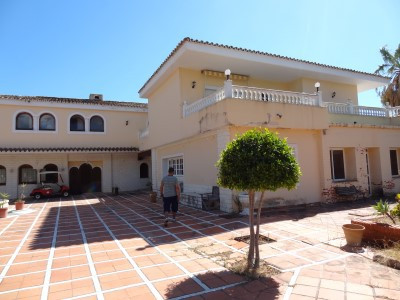 Villa 24 Dormitorios en Venta Atalaya