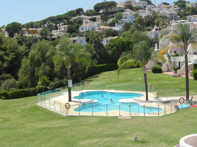 RARE OPPORTUNITY! A very rare opportunity for a 3 bed / 3 bath penthouse duplex located in a superio, Spain