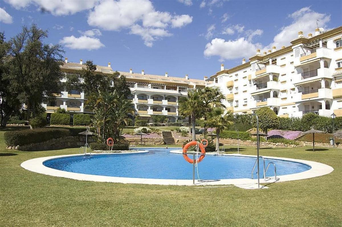 Marbella Banus Apartamento en Venta en Nagüeles – R3752113