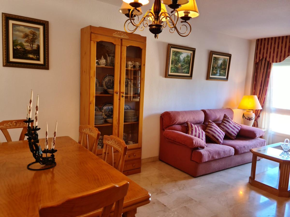 Marbella Banus Apartamento en Venta en Marbella – R3829846