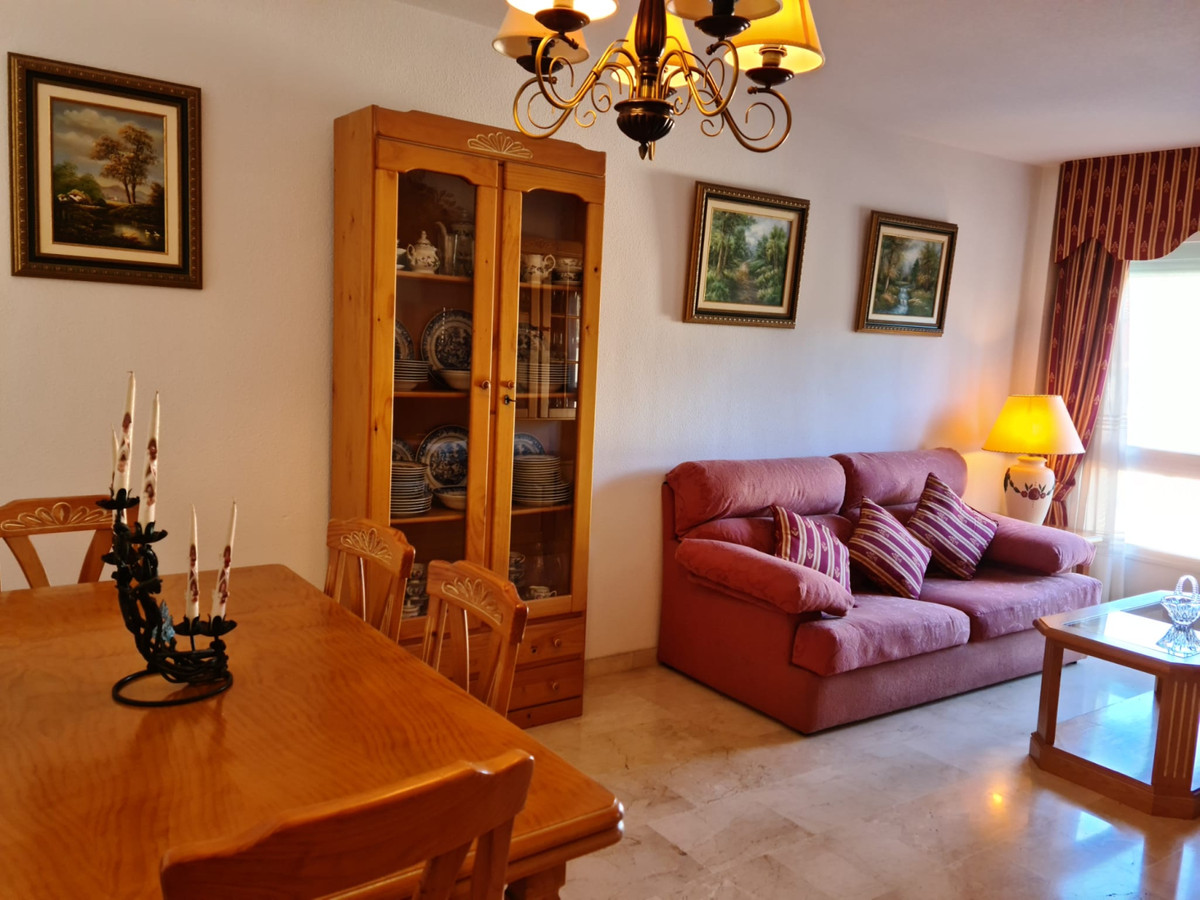 Apartamento en Venta en Marbella – R3829846