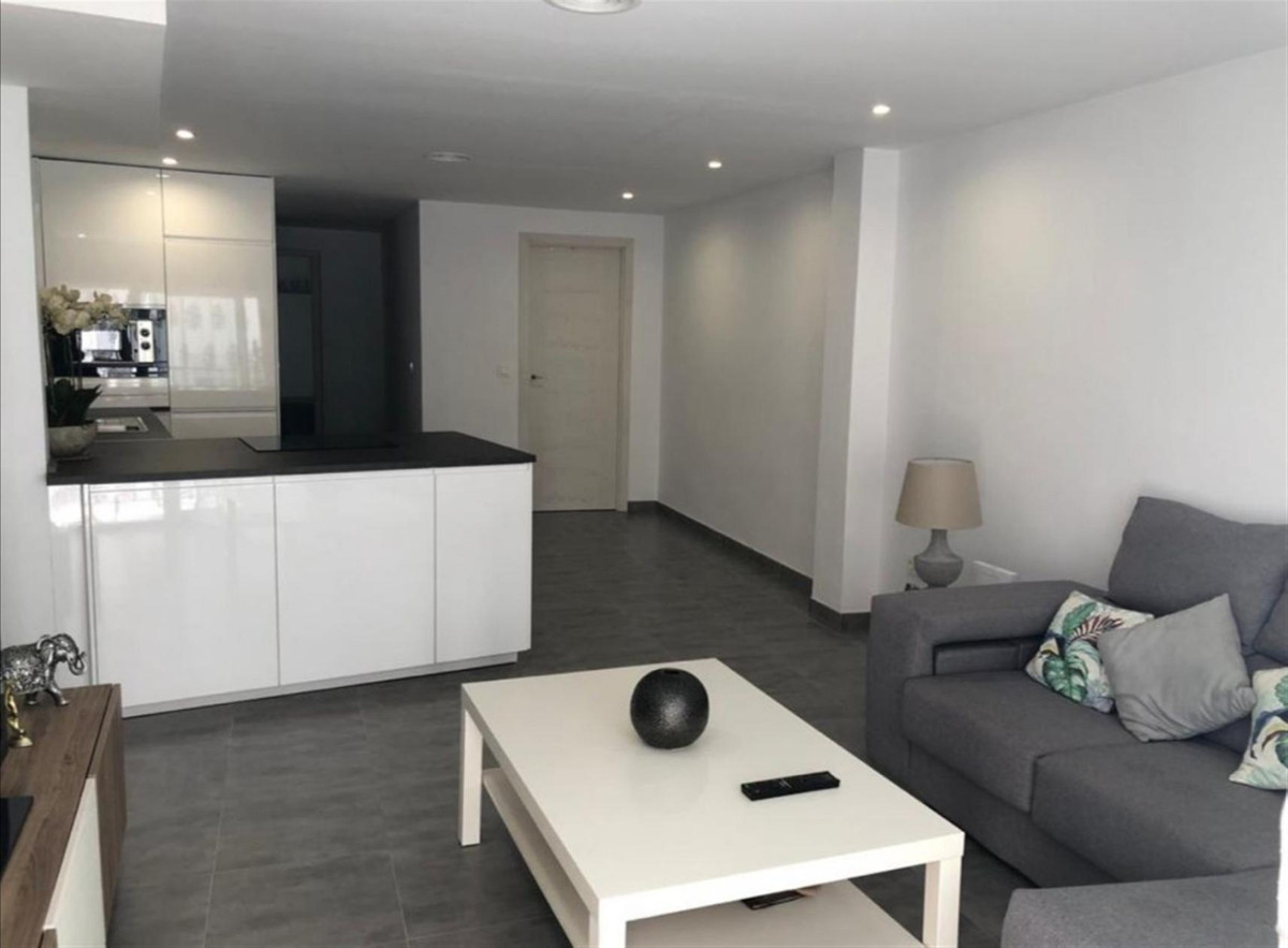 Apartamento en Venta en San Pedro de Alcántara – R3805057