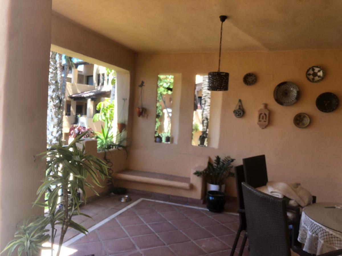 Spacious and cozy apartment in the exclusive El Campanario urbanization. The urbanization has securi,Spain