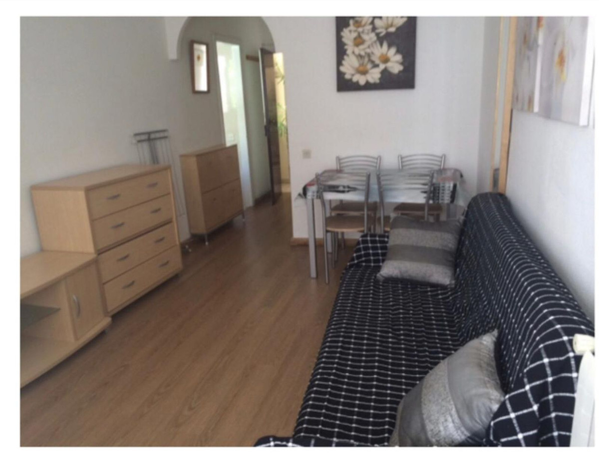 Beautiful very bright studio, parquet floors, double glazed windows, separate kitchen from the livin,Spain
