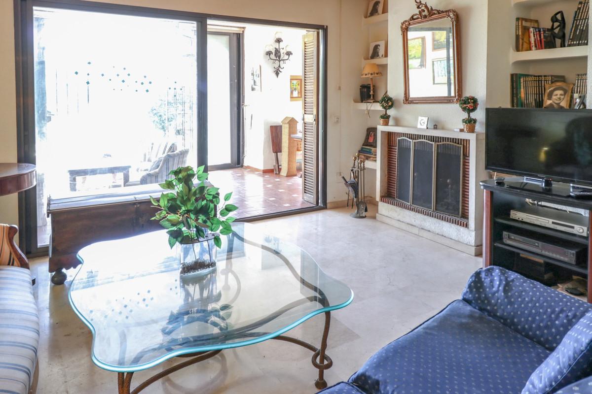 Apartamento en Venta en El Paraiso – R3838816