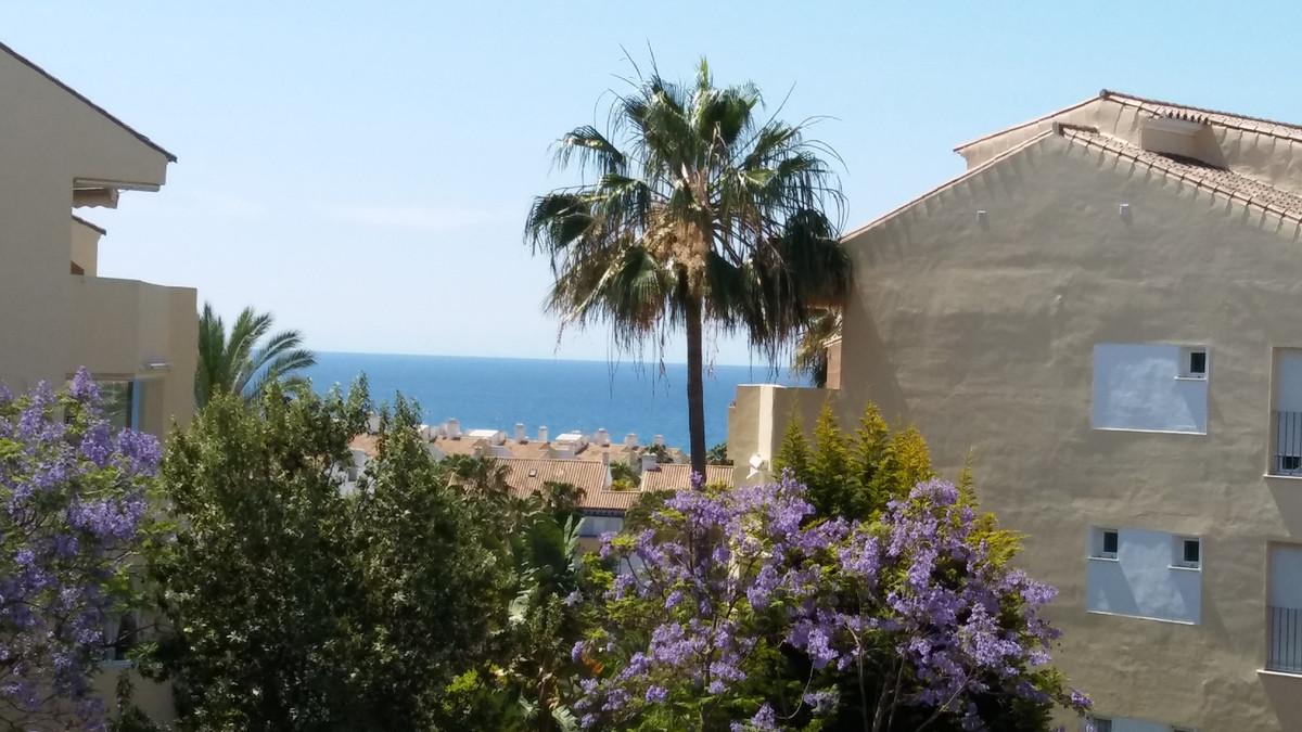 Marbella Banus Apartamento en Venta en Bahía de Marbella – R3439693