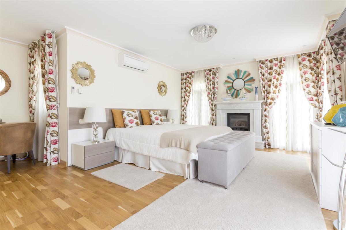 Villa – Chalet en Venta en Guadalmina Baja – R3467512