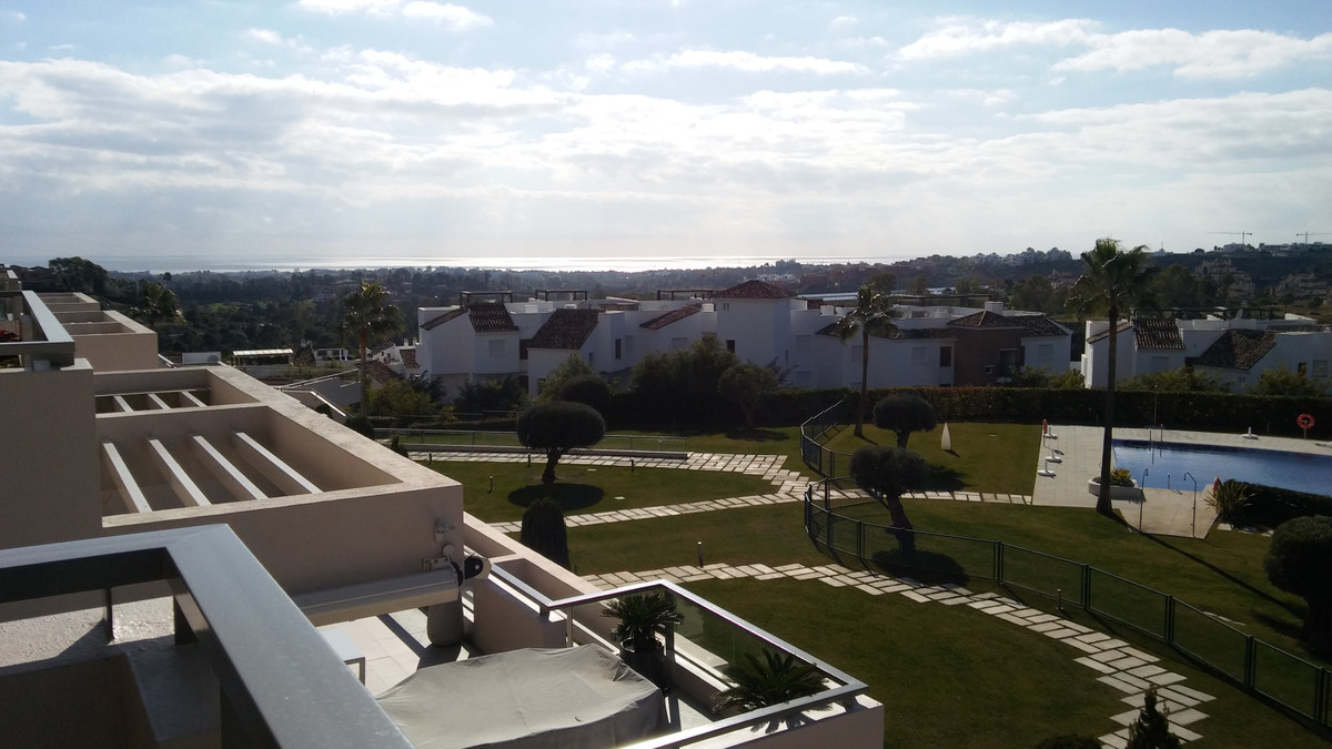 Marbella Banus Apartamento en Venta en Benahavís – R3333841