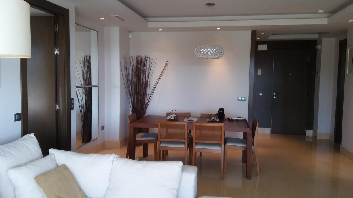 Apartamento en Venta en Benahavís – R3333841