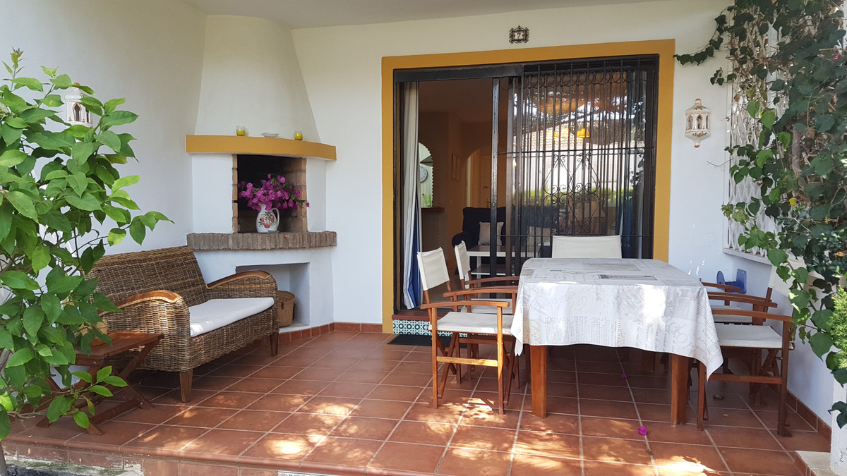 Ground Floor Apartment in Las Chapas