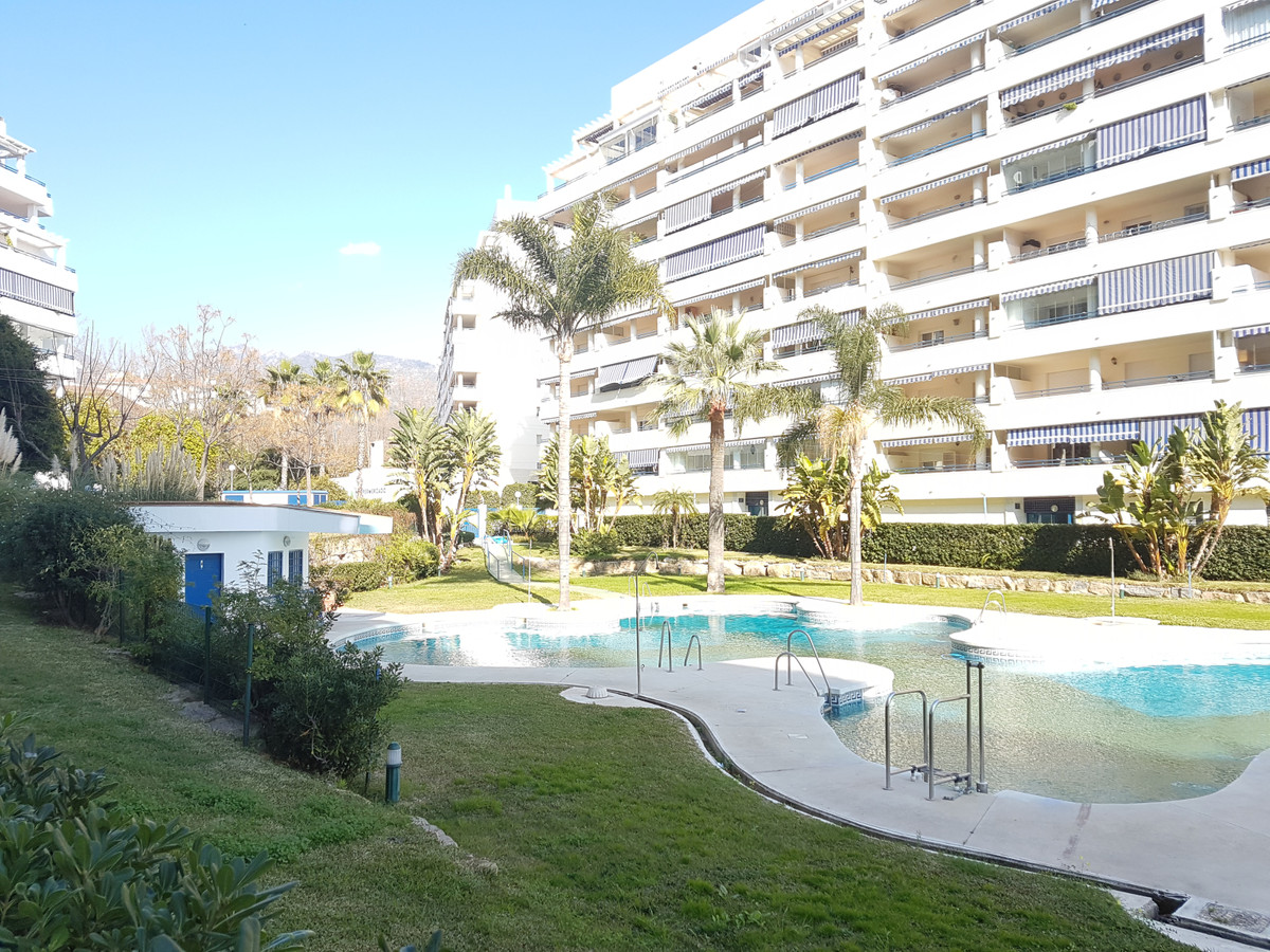 """Large apartment with 2 bedrooms 2 bathrooms just 100m from the beach, surrounded by services, , Spain"
