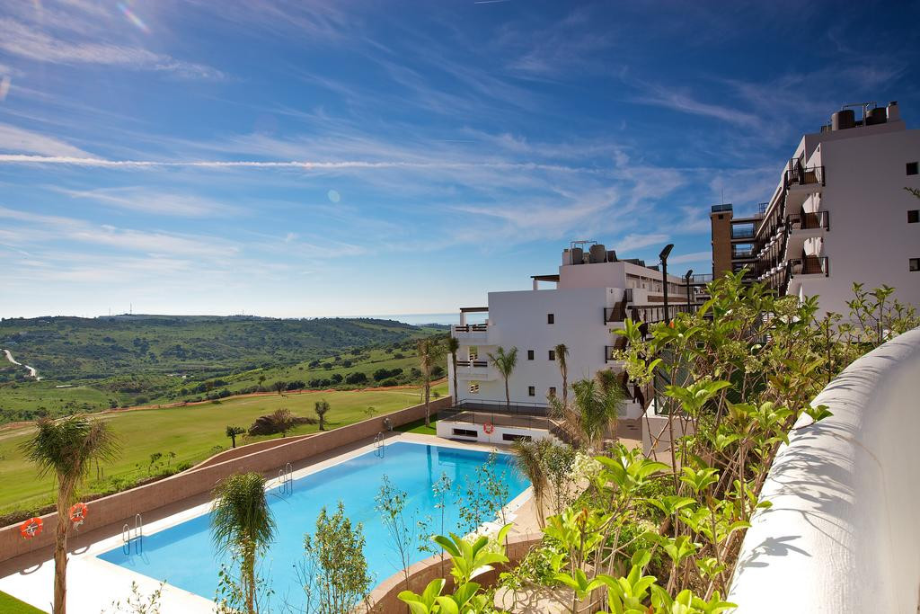 Located in Valle Romano this two bed two bath penthouse and has amazing golf, mountain sea and pool ,Spain
