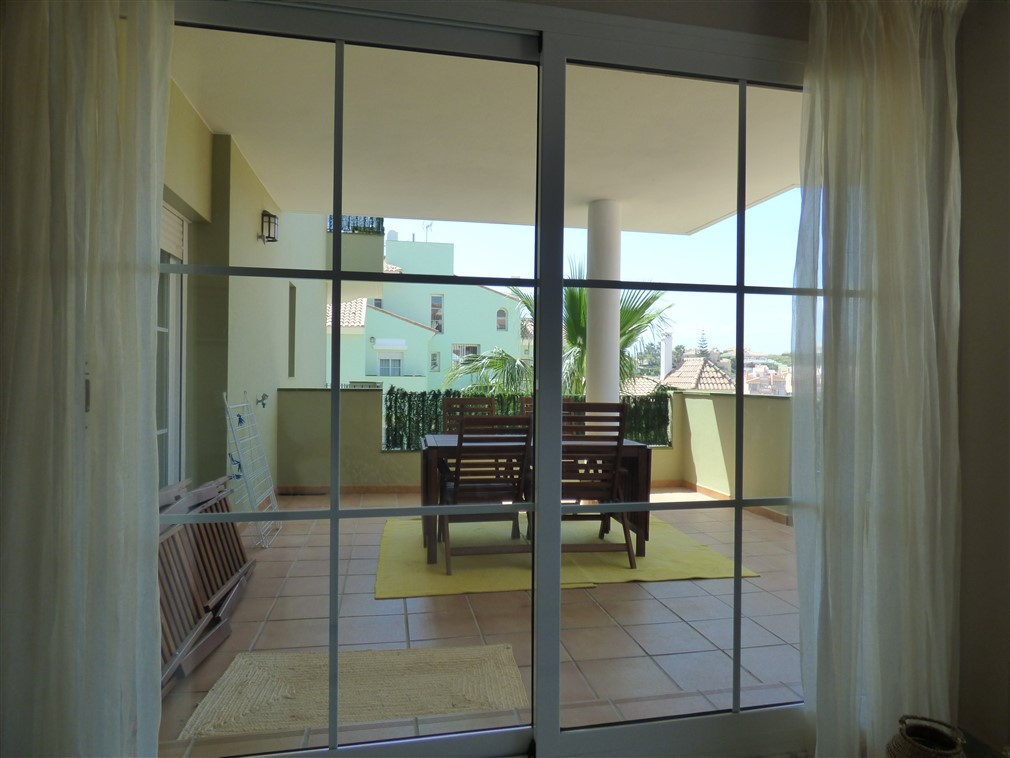 Marvolous apartment with partly golf, sea and mountain views next to Miraflores Golf Club.  Only 25 ,Spain