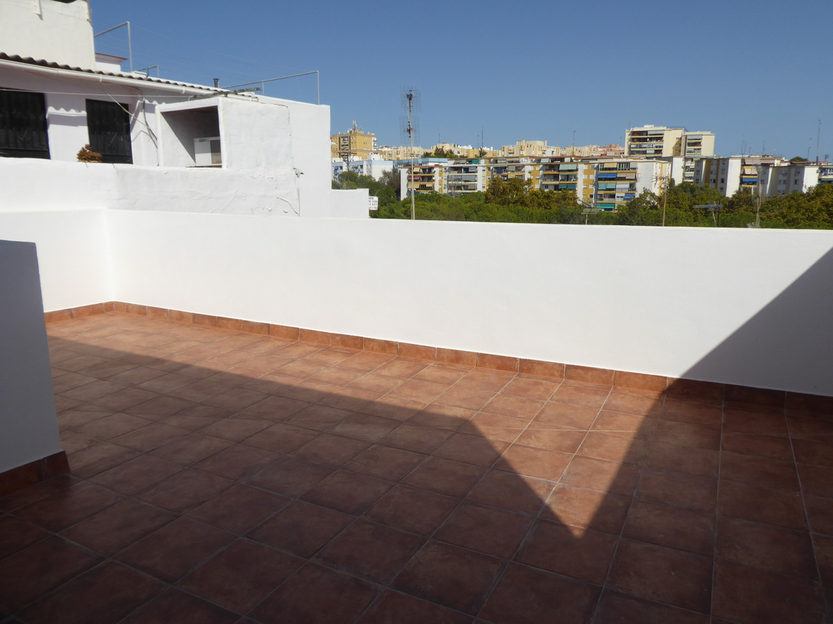 6 Bedroom Terraced Townhouse For Sale Marbella