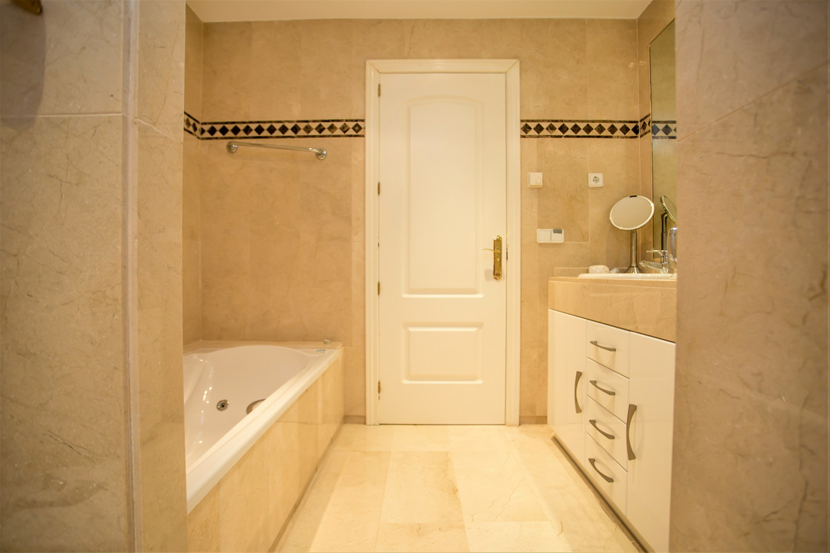 Apartamento con 3 Dormitorios en Venta Río Real