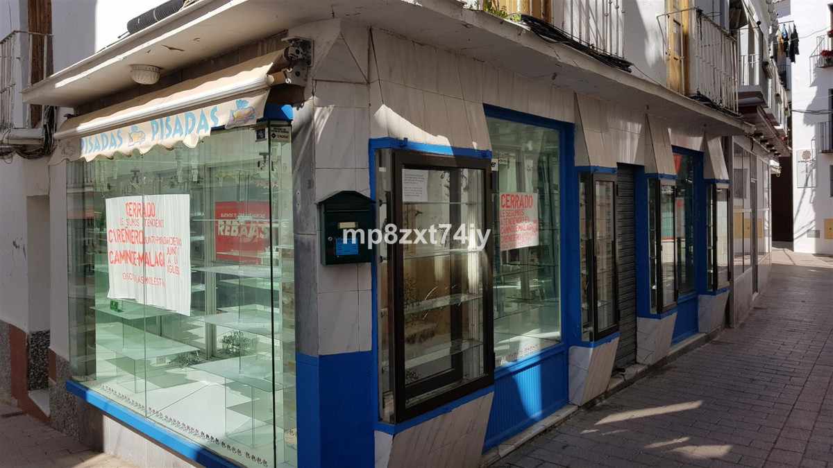 In the heart of Old Town Velez-Malaga this double aspect shop and accommodation is ideally located t, Spain