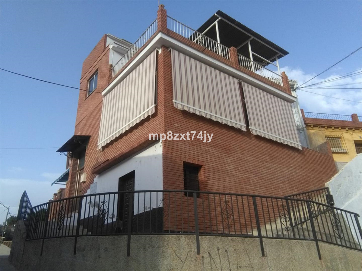 3 Beds & 2 Baths located next to the new Museum of Velez Malaga, very good view both the mountai, Spain